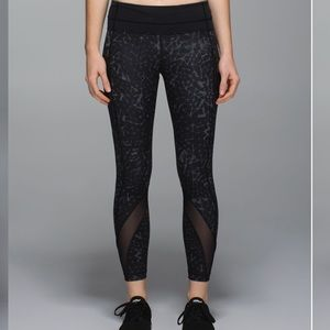 Lululemon Inspire Tight II *Full-On Luxtreme (Mesh